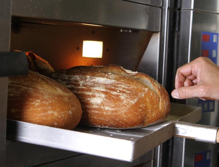 Broodcompany-Brood-op-de-vloer